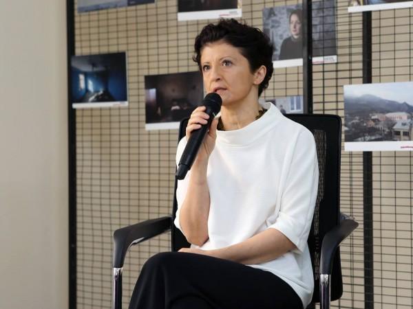 იუსტიციის მინისტრმა ომით დაზარალებულ ქალებს, საოკუპაციო ხაზთან მცხოვრებ მოსახლეობას საერთაშორისო სასამართლოებში მიმდინარე დავების შესახებ ანგარიში ჩააბარა